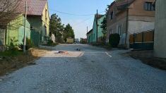 Úprava povrchu ulic ve Kbele 2016
