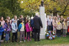 Odhalení busty Masaryka