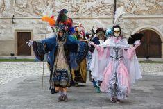 Benátské masky na Prvomájovém jarmarku 1.5.2016