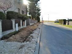 Vybudování chodníku v ulici Spojovací